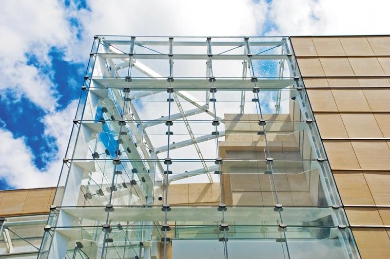 Instalação de Fachada com Vidro Insulado Murundu - Fachada de Vidro Temperado