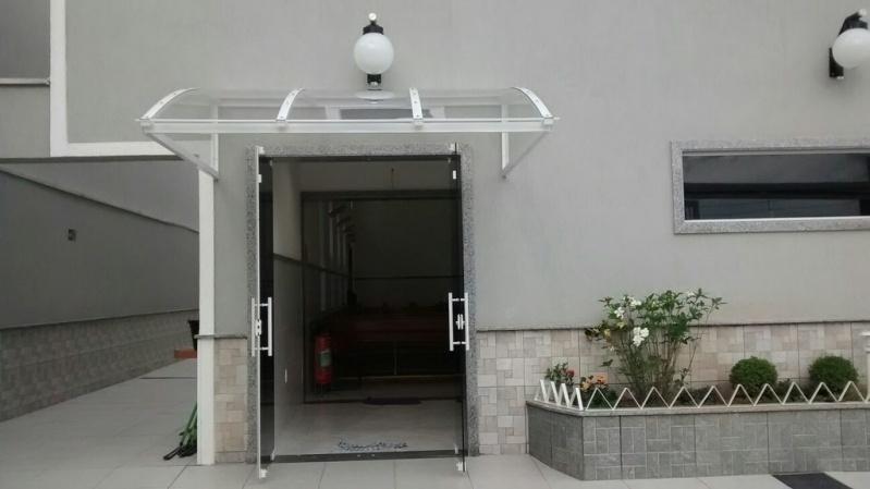 Loja de Toldo Policarbonato para Porta Araras - Toldo Policarbonato Fume