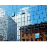 fachada de vidro refletivo São Vicente