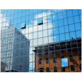 fachada de vidro refletivo ABC