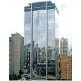 fachadas de vidro refletivo Arcadas