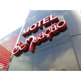 letreiro para motel Bertioga